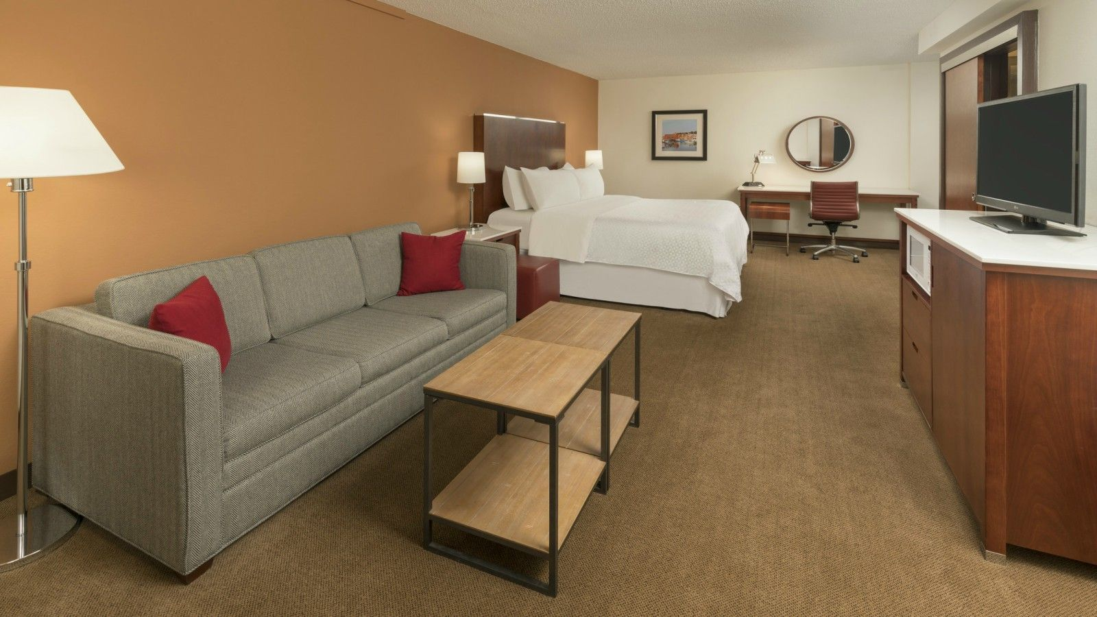 Logan Airport Accommodations - Deluxe Room