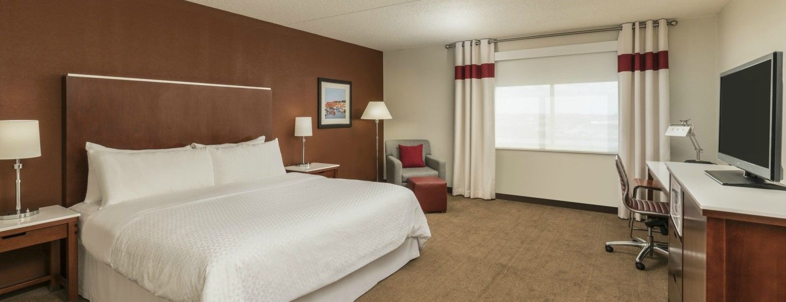 Logan Airport Accommodations - Traditional Room North